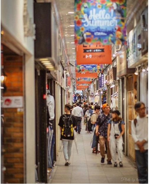 ピアザkobe(三宮高架商店街)