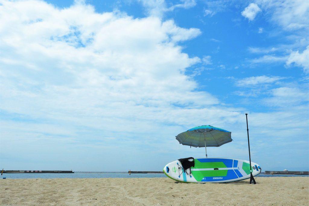 SUPもグルメも満喫!神戸のビーチリゾート「須磨海岸」でプチ・バケーション